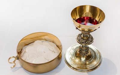AVERY DULLES ON 'A EUCHARISTIC CHURCH'