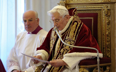 THE MYTH OF THE SELF-REGULATING INSTITUTION OF 'POPE EMERITUS'